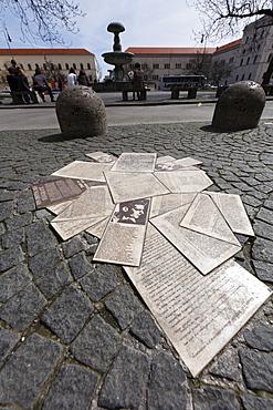White Rose Memorial, Geschwister-Scholl-Platz, Scholl Siblings Square, Munich, Bavaria, Germany