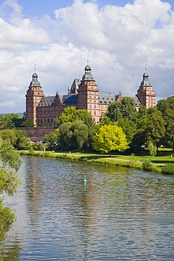 The castle Johannisburg in Aschaffenburg at the river Main, Bavaria, Germany.
