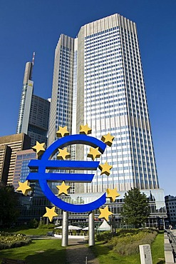 European Central Bank ECB with euro symbol, Frankfurt am Main, Hesse, Germany