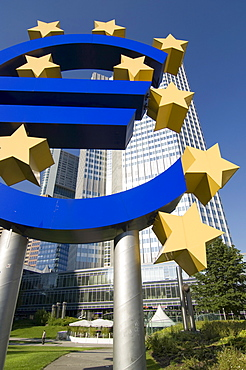 Large Euro symbol in front the headquarters of the European Central Bank (ECB) in Frankfurt, Hesse, Germany, Europe