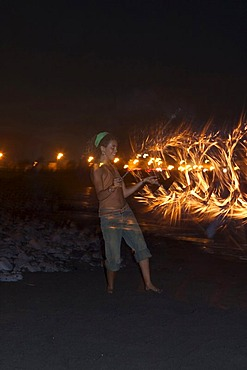 Torch dance in La Playa - Valle Gran Rey - La Gomera