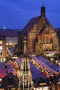 Christkindlmarkt, Christmas market Nuremberg, Frauenkirche, Franconia, Bavaria, Germany
