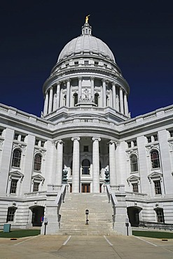 White granite capitol of Madison, the state capital of Wisconsin, USA