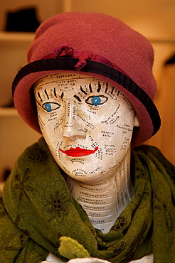 Bust wearing hat and shawl, decorative piece in clothing shop in Erlangen, Middle Franconia, Bavaria, Germany, Europe