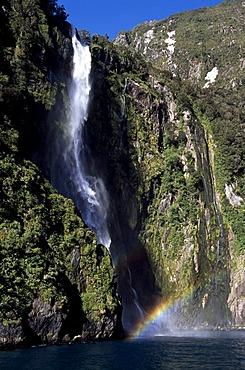 Waterfall, rainbow, Stirling Falls, Milford Sound, West Coast, South Island, New Zealand