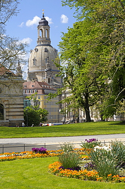 Park at the Elbe River bank, Frauenkirche Church, Dresden, Saxony, Germany, Europe