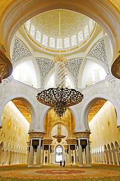 Pray room of Sheikh Zayed bin Sultan Al Nahjan Mosque, Grand Mosque, third biggest mosque in the world, Emirat Abu Dhabi, United Arab Emirates, Asia