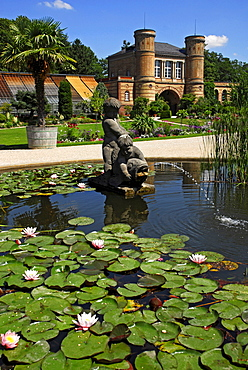 Botanical garden with old gate building, castle grounds, Karlsruhe, Baden-Wuerttemberg, Germany
