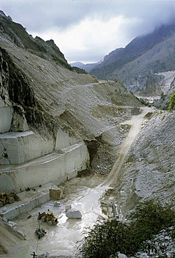 Cave di Fantiscritti, marble quarry near Carrara, Massa-Carrara Province, Tuscany, Italy, Europe