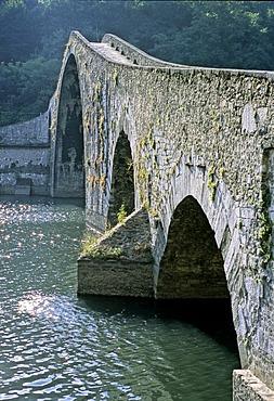 Ponte della Maddalena Bridge, Ponte del Diavolo Bridge, Borgo a Mozzano, Lucca Province, Tuscany, Italy, Europe