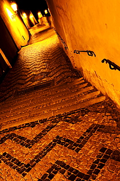 Narrow old alley at nighttime, Hrad&any (Castle District), Prague, Czech Republic, Europe
