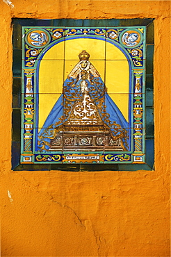 Image of the Virgin Mary, ceramics, exterior wall of the church in Seville, Andalusia, Spain