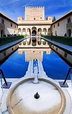 Patio de los Arrayanes (Court of the Myrtles), Alhambra fortress, Granada, Andalusia, Spain