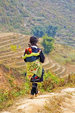 Members of the ethnic minority Flower-Hmong, Sapa, Vietnam, Asia