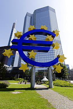 Skyscraper of the European Central Bank, EZB, with a sculpture of an Euro, Frankfurt, Hesse, Germany, Europe