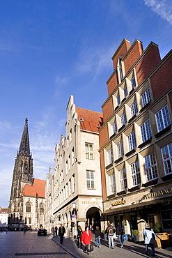St. Lamberti's Church at Prinzipalmarkt Square, Muenster, North Rhine-Westphalia, Germany, Europe