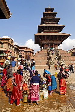 Nyatapola Temple, Taumadhi Tole, old town of Bhaktapur, Kathmandu, Nepal