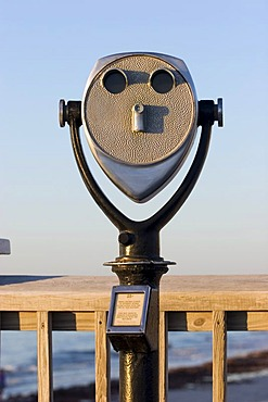 USA, front of a telescope