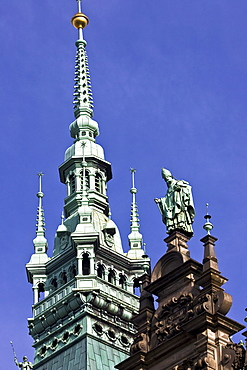 Tower and statue of St. Nicholas at the Rathaus (Town Hall), Hamburg, Germany, Europe