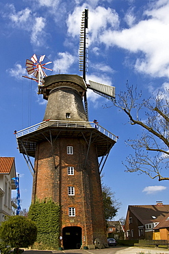 The Stiftsmuehle, an historic Dutch windmill with wind rose, near Aurich, East Friesland, Lower Saxony, Germany, Europe
