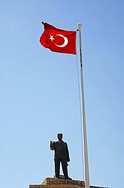 Kemal Atatuerk monument, Mardin, Anatolia, Turkey