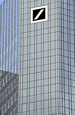 Reflective facade and logo of the Deutsche Bank AG, Frankfurt, Hesse, Germany, Europe