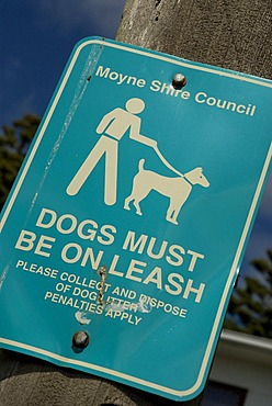Great Ocean Road, Sign Dogs Must Be On Leash, Port Fairy, Victoria, Australia