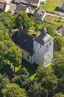 Aerial view, Old Church, Warstein, Sauerland, North Rhine-Westphalia, Germany, Europe