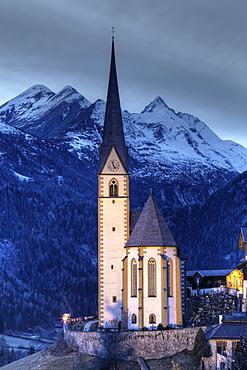 Church in Heiligenblut on Grossglockner Mountain, Spittal an der Drau, Carinthia, Austria, Europe