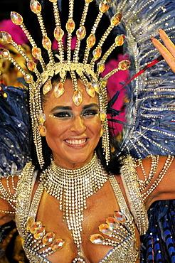 Uniao da Ilha samba school, dancer, Carnaval 2010, Sambodromo, Rio de Janeiro, Brazil, South America