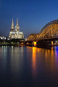 Evening view over the Rhine River towards Museum Ludwig, Cologne Cathedral and Hohenzollern Bridge, UNESCO World Heritage Site, North Rhine-Westphalia, Germany, Europe