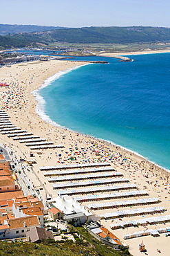 Beach, Praia, seen from Sitio village, Nazare, Oeste, Leiria District, Portugal, Europe