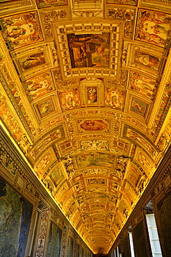 Ceiling, Gallery of Maps, Vatican Museums, Vatican, Rome, Italy, Europe