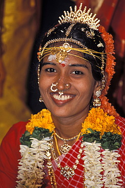 Robed bride, smiling, Tamil wedding, Pondicherry, Tamil Nadu, India, Asia