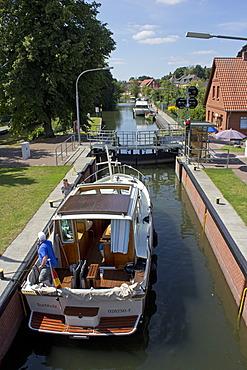 Lock, Plau am See, Mecklenburg Lake District, Mecklenburg-Western Pomerania, Germany, Europe