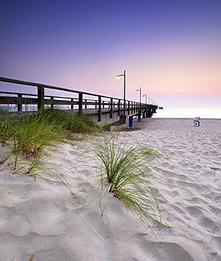 Pier on beach, sunrise, Bansin, Usedom, Mecklenburg-Western Pomerania, Germany, Europe