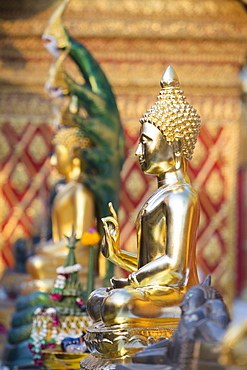 Buddha statue, Wat Phrathat Doi Suthep, Chiang Mai, Thailand, Asia