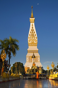 Chedi of Wat Phra That Phanom, blue hour, temple complex in Amphoe That Phanom, Nakhon Phanom Province, Isan, Thailand, Asia