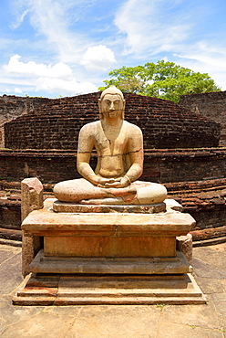 Ruin of a temple with moonstone and Buddha statue, Polonnaruwa, North Central Province Sri Lanka