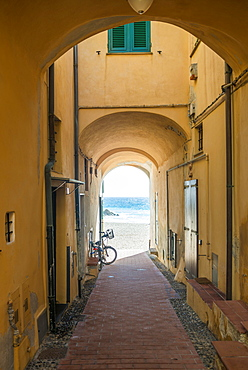 Passage in a house on the coast, Varigotti, Finale Ligure, Riviera di Ponente, Liguria, Italy, Europe