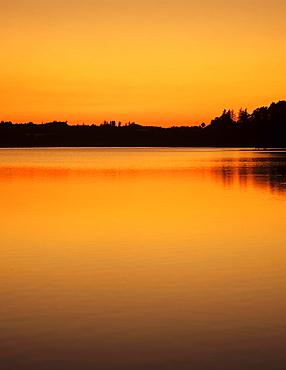 Bucher Stausee reservoir, Ostalb, Swabian Alb, Baden-Wurttemberg, Germany, Europe