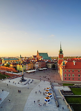 Elevated view, Castle Square with Royal Castle, Old Town, Warsaw, Masovian Voivodeship, Poland, Europe