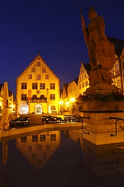 Old Town Hall and Milchlingsbrunnen Fountain, Marktplatz square, Bad Mergentheim, Tauber, Hohenlohe, Baden-Wuerttemberg, Germany, Europe, PublicGround