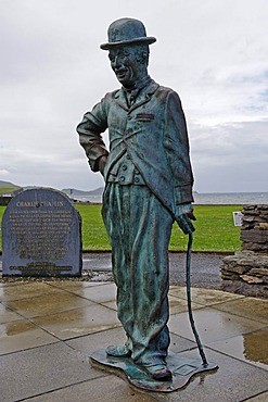 Memorial to Charlie Chaplin, 1889-1977, by Alan Ryan Hall, Waterville, Ring of Kerry, County Kerry, Ireland, Europe