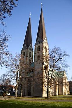 Meustaedter Marienkirche, St. Mary's Church, Gothic hall church, Bielefeld, Ostwestfalen-Lippe region, North Rhine-Westphalia, Germany, Europe, PublicGround
