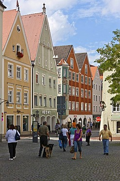 Ludwigstrasse shopping street, Landsberg am Lech, Bavaria, Germany, Europe