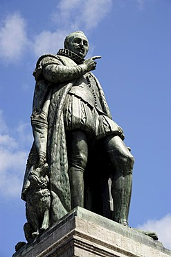 Statue of William of Orange, Willem I, on the Plein square, Den Haag, The Hague, Holland, Netherlands, Benelux, Europe