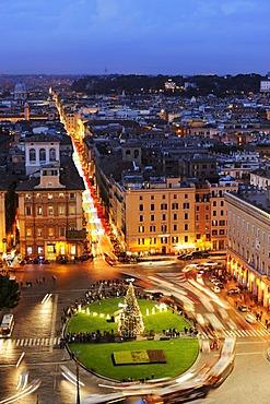 Piazza Venezia from Monumento Vittorio Emanuele II, Rome, Italy, Europe