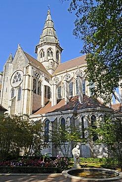 Notre-Dame Church, village, municipality, Semur-en-Auxois, Dijon, Cote-d'Or, Bourgogne, Burgundy, France, Europe, PublicGround