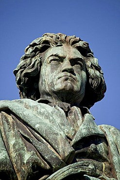 Beethoven monument on Muensterplatz square in Bonn, North Rhine-Westphalia, Germany, Europe